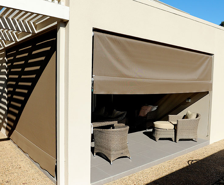Reanne Curtains Amp Designs Outdoor Blinds Amp Awnings